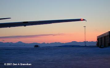 Photo: Braathens B737-700 at Svalbard Airport, Longyear (LYR/ENSB)