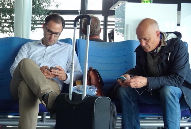 La valigia che divide, in un viaggio virtuale  di McdM