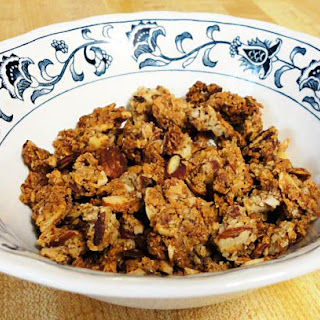 LOW CARB CINNAMON ALMOND CEREAL