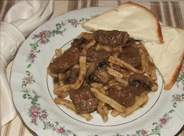 Home-style Beef 'n Noodles W/mushrooms And Onions For A Crowd Recipe
