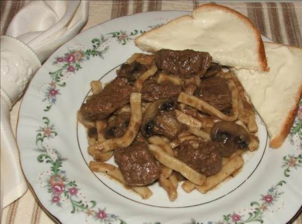 Home-style Beef 'n Noodles W/mushrooms And Onions For A Crowd