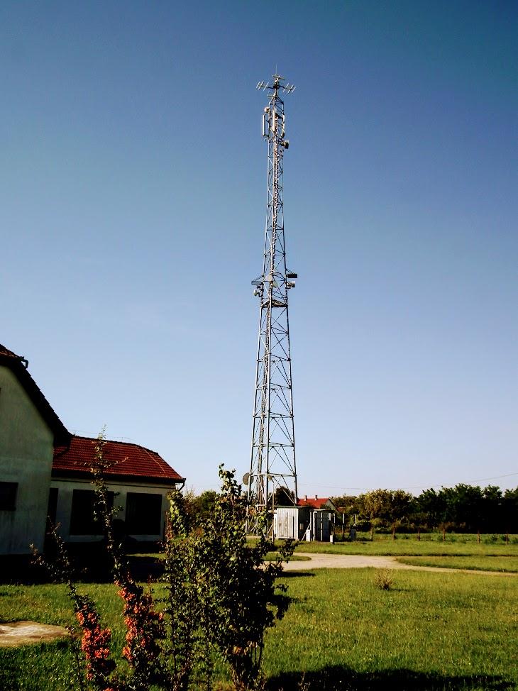 Bácsalmás/vízmű - helyi URH-FM adóállomás