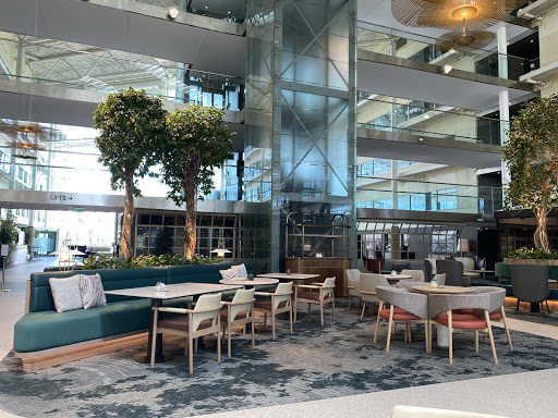 Hilton London Heathrow Airport at Terminal 4 review – newly refurbished public areas & restaurants