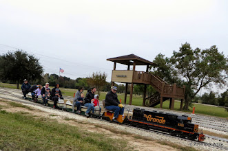 Photo: Both conductor Bill Smith and engineer Gearld Lee looking right.    HALS Public Run Day 2014-1115 RPW