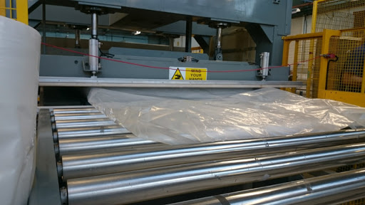 1-Relyon-Vacuum-Packed-Mattresses-Wrapping-4