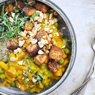 Pumpkin Curry With Peanuts, Peas + Crispy Spice-crusted Tofu.