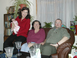 Photo: Cate, Maria, Julie & Dave
