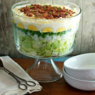 Easy 7 Layer Salad.