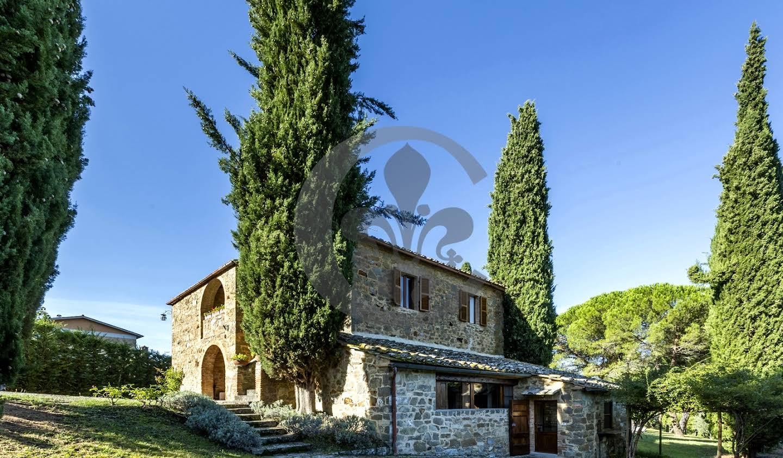 Corps de ferme avec jardin et piscine Montalcino
