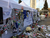 Dennis Praet en Youri Tielemans brengen een bezoek aan herdenkingsmonument van overleden Leicester-voorzitter Vichai