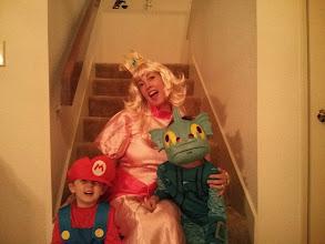 Photo: Mario, Peach, and Grill Grunt
