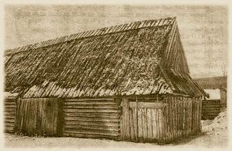 Photo: Ślad dawnej góralskiej architektury-Szopa z 1811 r.(zdjęcie zrobione 12.01.1999 r.).