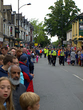 Photo: Ten minutes before the Olympic Flame due, Mill Road is packed  - Cambridge 2012