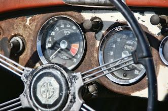 Photo: Un tableau de bord de MG.. Presque neuf !
