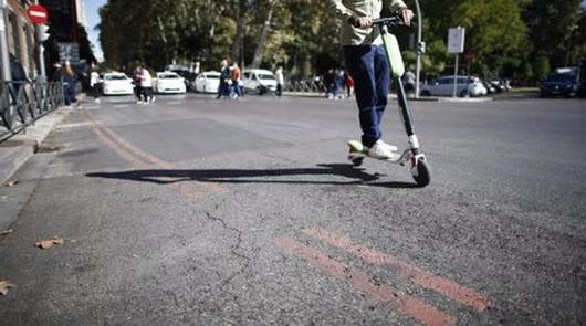 El Defensor del Pueblo insta a regular la circulación de patinetes eléctricos