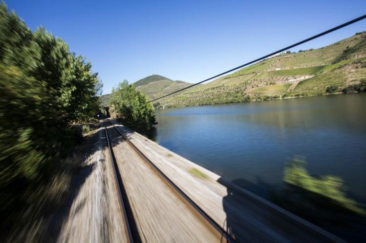 Avolumam-se as queixas contra serviço da CP na linha do Douro