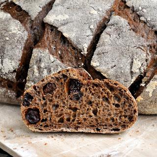 Dark Rye Bread with Raisins