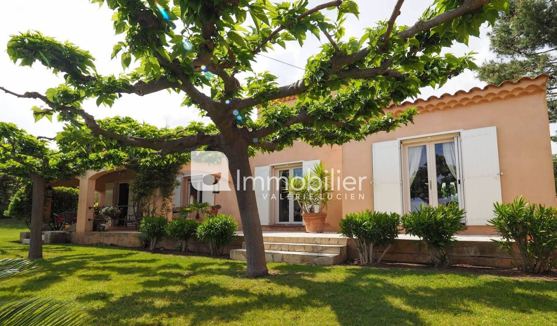 Villa avec piscine et terrasse Paradou
