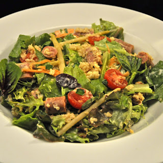 Sausage, Quinoa, Spinach and Lettuce Salad