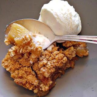 Apple Pie Oatmeal Bars.