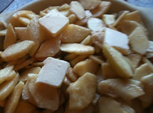 Apple pastry: Mix dry Ingredients, add apples and mix ingredients.  Pour into pie...