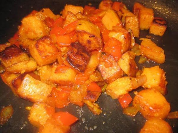 In the same pan you cooked the pepper mixture, add about 1-2 T canola...