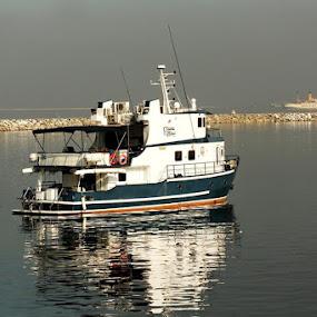 Untitled by Wohvener Amada - Transportation Boats ( yatch, boats, luxury boat,  )