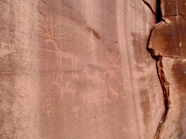 Deer, bighorn sheep, and bison petroglyphs