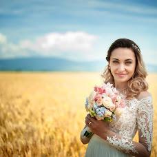 Wedding photographer Cristian Sorin (SimbolMediaVisi). Photo of 15.06.2017