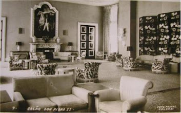 Photo: Salão D. Pedro I do Palácio Quitandinha. Note que a legenda da foto está errada. Foto de Frank Scherschel