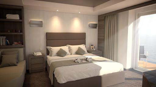 Yacht-Club-Royal-Suite-bedroom.jpg -  The bedroom of the Royal Suite on MSC Meraviglia.
