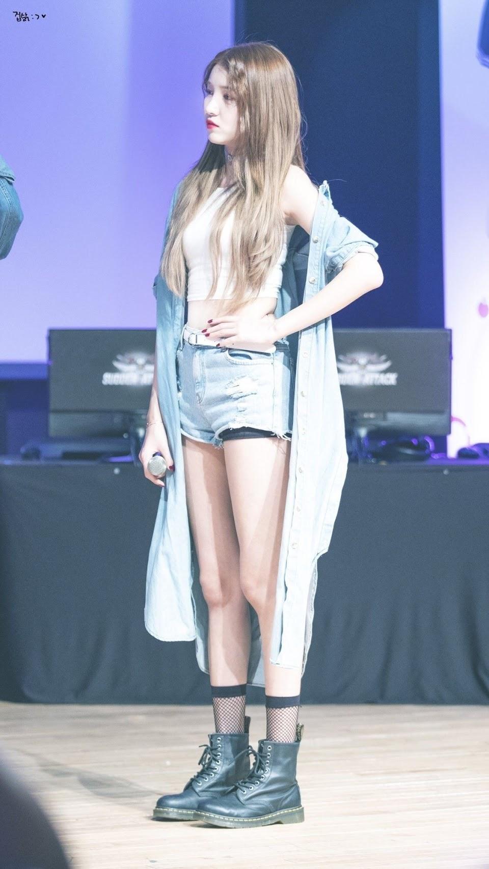 sowon body 19