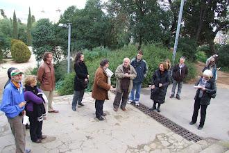 Photo: Membres i amics del CAOC durant la visita comentada