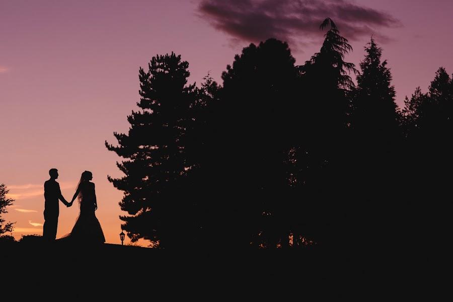 Wedding photographer Adam Johnson (arjphotography). Photo of 11.10.2016
