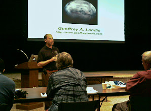 Photo: GRC scientist Geoffrey Landis does a Q&A with NASA Social participants