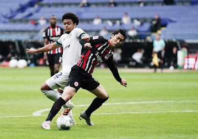 🎥 Bundesliga : Francfort enfonce un peu plus Schalke 04 dans la crise, Dortmund chute à la maison, Bornauw marque son sixième but de la saison