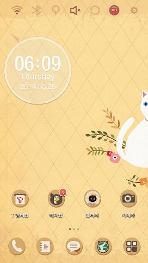 Lovely White Cat Theme