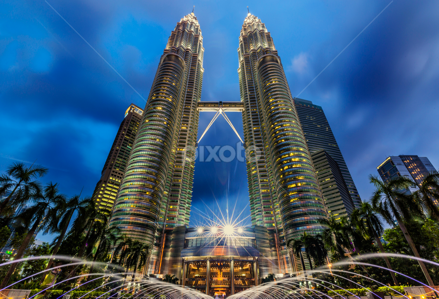 by Charliemagne Unggay - Buildings & Architecture Office Buildings & Hotels