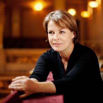In review times two: Ensemble Prisma Wien & Bernarda Fink