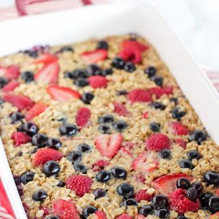 Mixed Berry Vanilla Baked Oatmeal