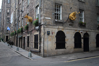 Photo: Cowgate, Edinburgh