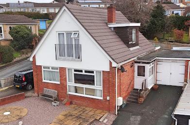 Dormer bungalow for sale
