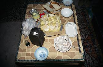 Photo: 03227 ブルド/バスハダール家/朝食/乳製品盛り合わせ/パン
