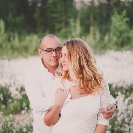 Wedding photographer Ekaterina Pegasova (pegasova). Photo of 25.08.2017