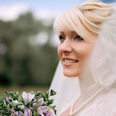 Wedding photographer Dasha Myuller (dashakiseleva91). Photo of 14.10.2014