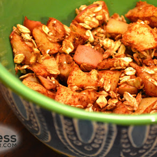 Homemade Toasted Apple Cinnamon and Oats Cereal - Healthy Snack