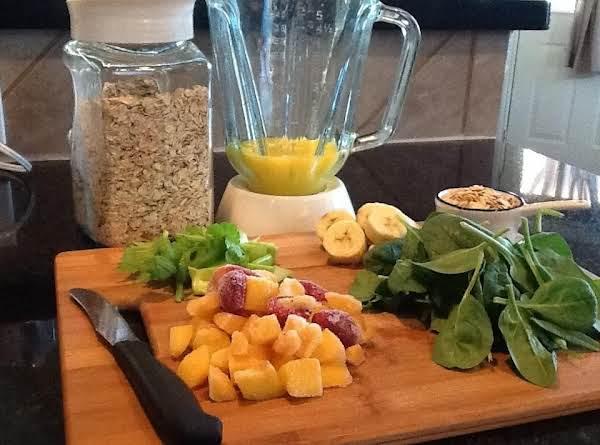 Super Green Breakfast Smoothie Recipe