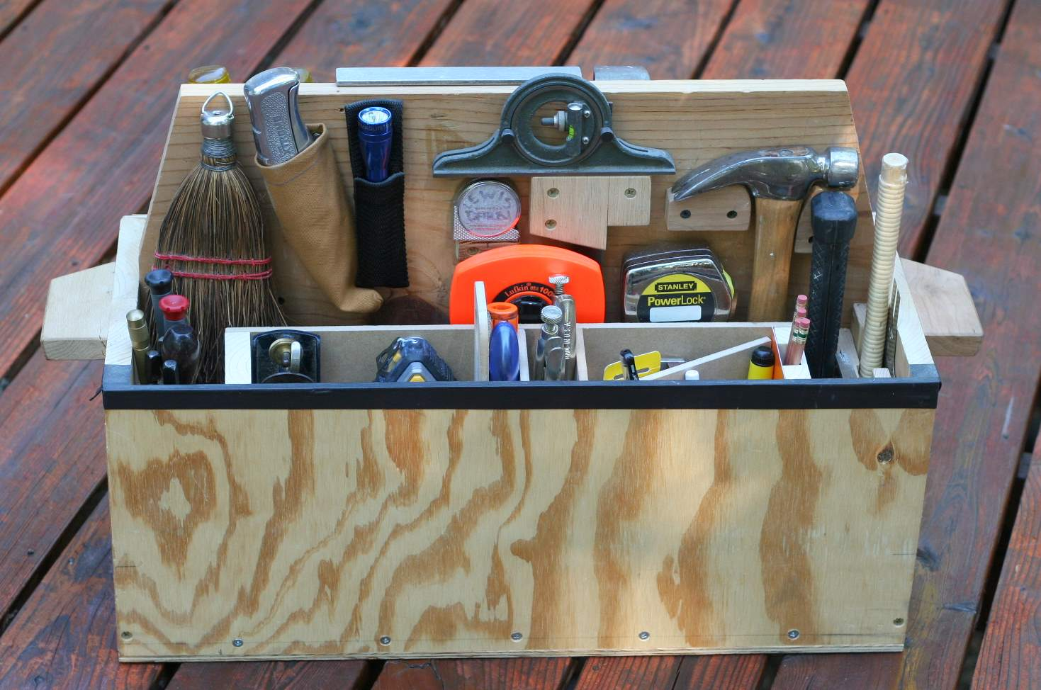 toolbox w.jpg