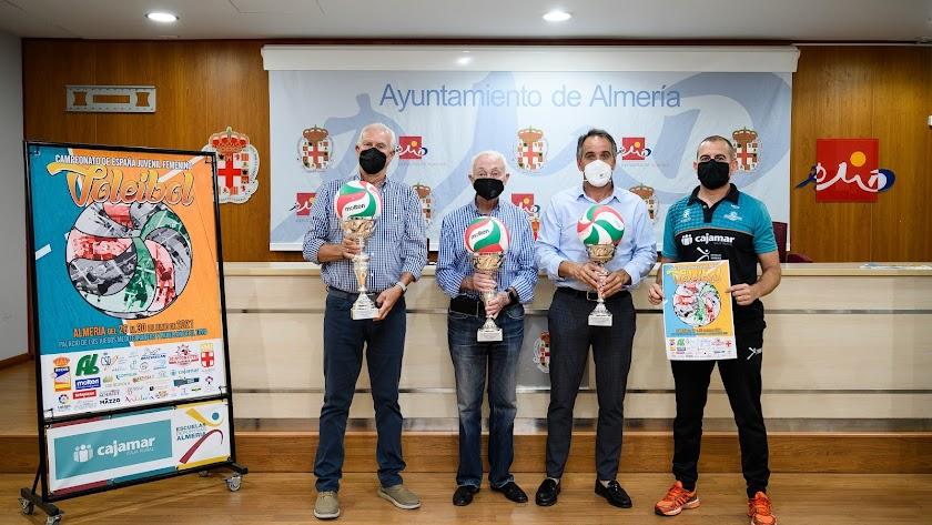 Foto de presentación del Campeonato de España en el Mediterráneo.