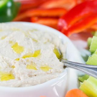 Homemade White Bean Cannellini Hummus Dip.